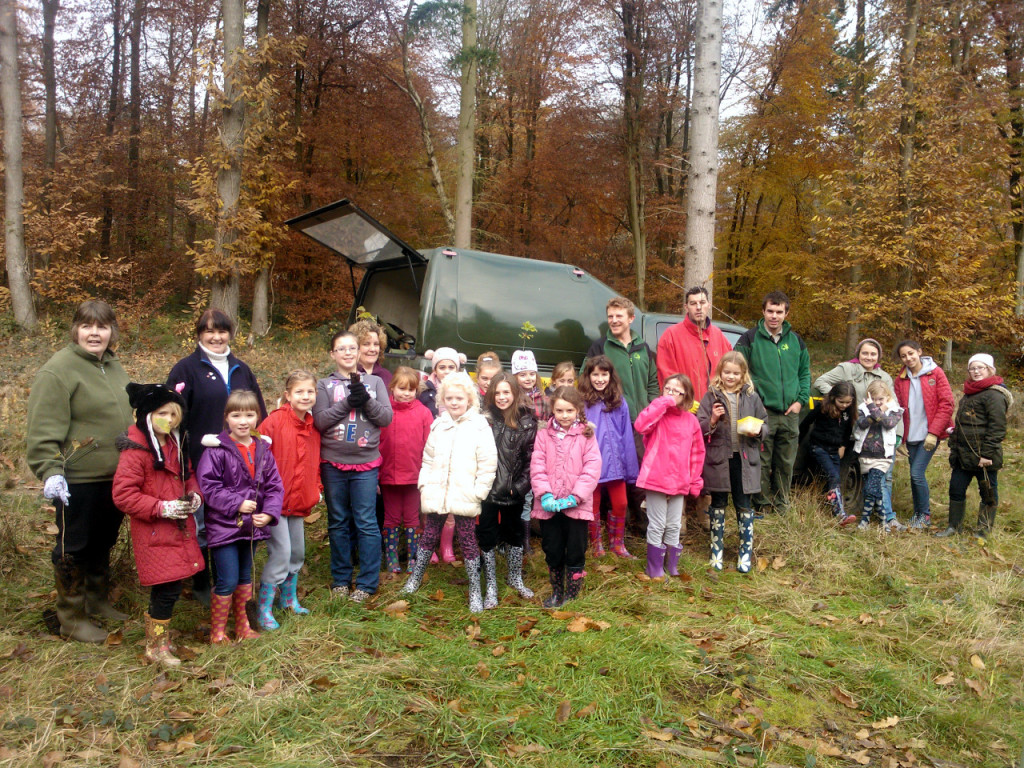Bishopstoke brownies rainbows and guides at Stoke Park Woods